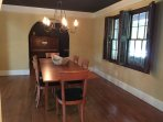 dining room sits 6