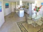 Dining area with comfortable seating for 6, Kitchen with island & Bar Chairs