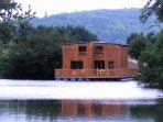 Cabane flottante 10 personnes 'Elle fait son cinéma'