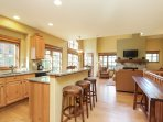Clearwater Townhome 86 - Breakfast bar for 3