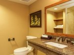 Lodge 412 - Lodge Master Bathroom