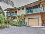 'Dolphin Bay House' Inviting 3BR Captain Cook Home w/Wifi, Gas Grill, Abundant Outdoor Space & Lush Garden Views - Phenomenal Location in Paradise! Just a Short Walk From Kealakekua Bay!