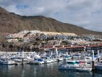 Only a realistic few minutes stroll to the local beach and Los Gigantes centre