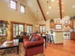 Discovery Chalet 378 - open concept downstairs