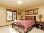 Discovery Chalet 378 - queen bed
