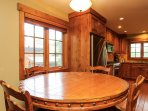 Discovery Chalet 256 - breakfast nook