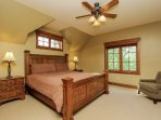 Discovery Chalet 256 - master bedroom kind bed
