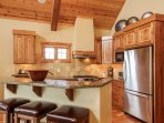Staircase Chalet 15 - Breakfast bar for 3