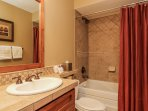 Staircase Chalet 15 - Guest bathroom with shower/tub