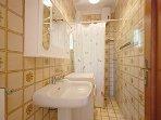 4 bedroom Villa in Monticchio, Costa Sorrentina, Amalfi Coast, Italy : ref
