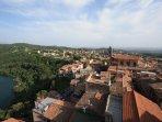 The town 'Genzano di Roma' is just 3 km away, on the lake 'Lago di Nemi'