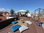 Luxury rooftop to enjoy the view of the city over a meal, a drink or simply relax!