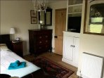 Double Bedroom Flat screen TV  WI FI and ensuite