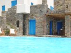 External view and private swimming pool