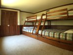 4th Bedroom with 2 sets of bunk beds with trundles.