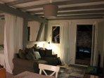 Salon avec canapé-lit