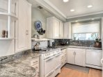 Granite counter tops, dishwasher and more!