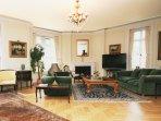 Elegant Living Room - Lounge