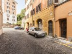 trastevere holiday rentals at rome