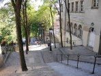 Walking down from Sacré Cœur