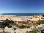 Beautiful beach adjacent to the rock - Praia da Rocha, right outside the Apartment