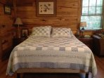 Comfy 12' Memoryfoam Queen Bed w/6 pillows for a great night's sleep!