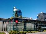 Estación de Metro de, Los Nuevos Ministerios y Vista del edificio de El Corte Inglés