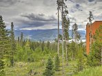 For your next mountain retreat, book this terrific Silverthorne vacation rental condo!