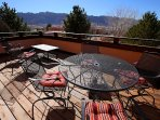 Spacious upper deck with magnificent rim views and fantastic stargazing.