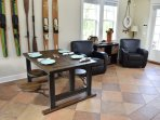 Dining table with cool swing-out seats.