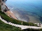 The path down to Logas beach