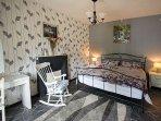 Bedroom 3 - Super Kind (ground Floor)