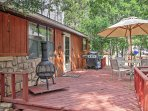Large deck w/outdoor dining and grill