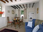 Cottage in Newport Pembrokeshire - open plan dining/sitting room