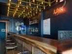 Hostel's JUNK Bar