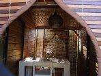 terrasse couverte salle à manger lodge ylang ylang location la liane de jade saint paul