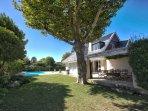 Villa Karibu - Perspective from Garden