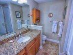 En-Suite Bath to Queen Master w/Walk In Shower