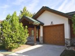 Evergreens 3 BR Townhome - Pool Year Round