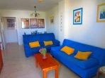 Salón cómodo y práctico