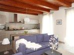 Achillea, elegante e luminoso appartamento