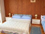 A2(6): bedroom