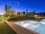 2 bedroom Apartment in Bucine, Valdarno, Tuscany, Italy : ref 2293390