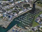 Aberaeron coastal family holiday home overlooking the harbour
