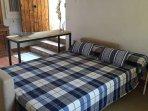 Sofá-cama muy cómodo y de fácil montage