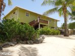 Utila's Reef Point Beach House is perfect for families or a group of friends with up to 8 people!