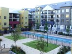 Fantastic 1Queen bed apt. Pools, Gym, sauna, close to everything!