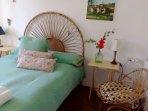 Dormitorio 1 doble vistas jardín baño en suite