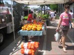 Sunday Farmer's Market in downtown, walking distance