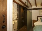 Anglesey holiday cottage - shower room